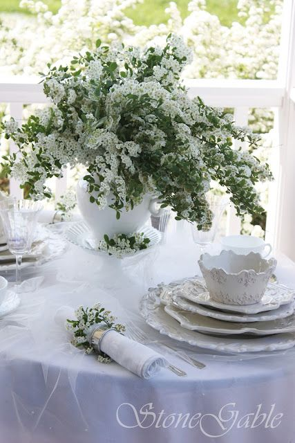 White Table love
