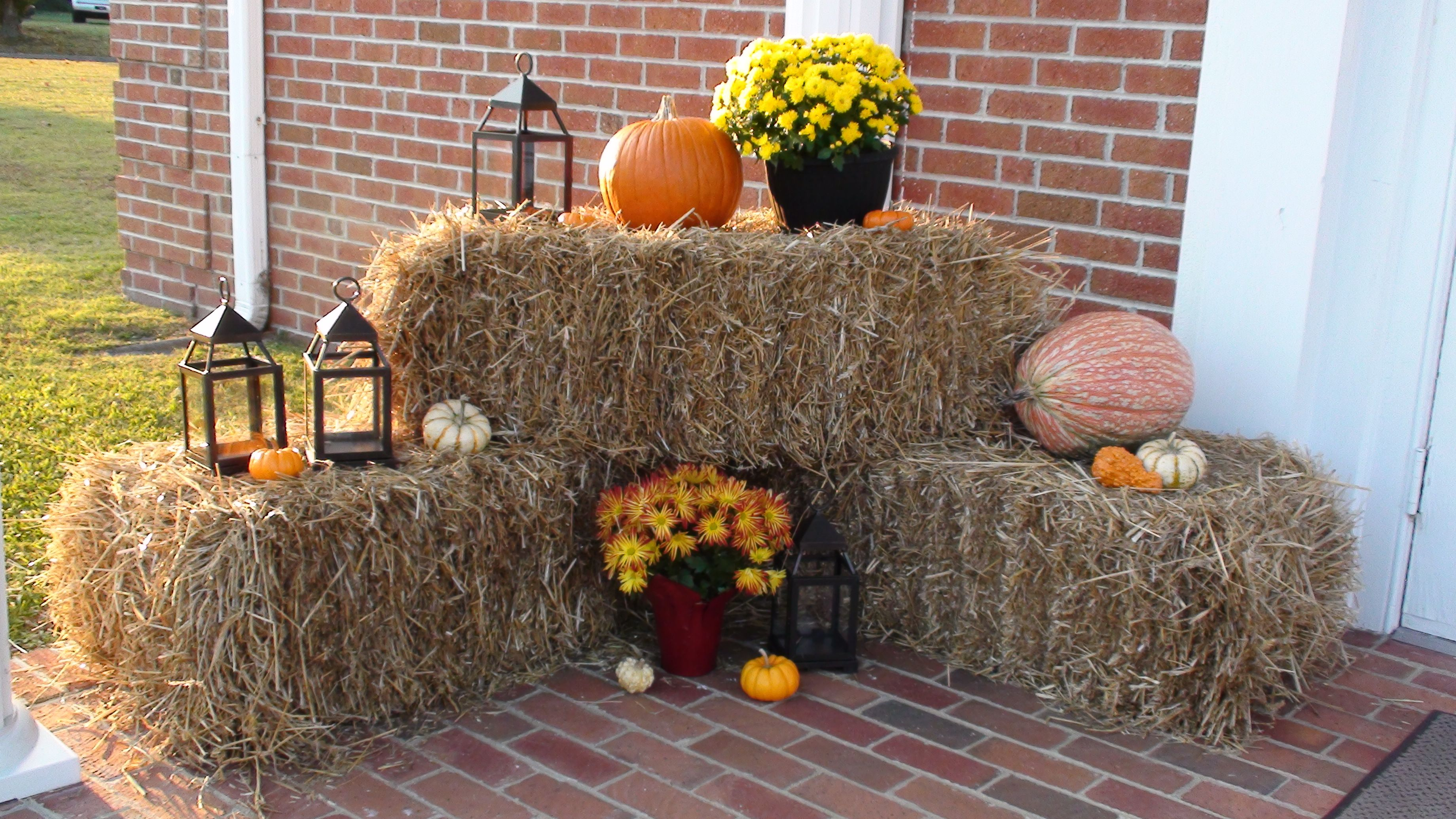 My friend Jamie s decoration outside of the church for her Fall