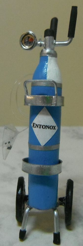 Doll miniature handcrafted Medical Hospital Entonox bottle canister stand 1/12th