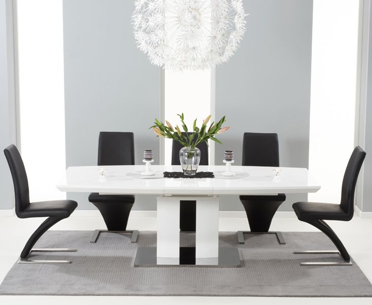 The Richmond 180cm White High Gloss Extending Dining Table With Hampstead Z Chairs At Oak
