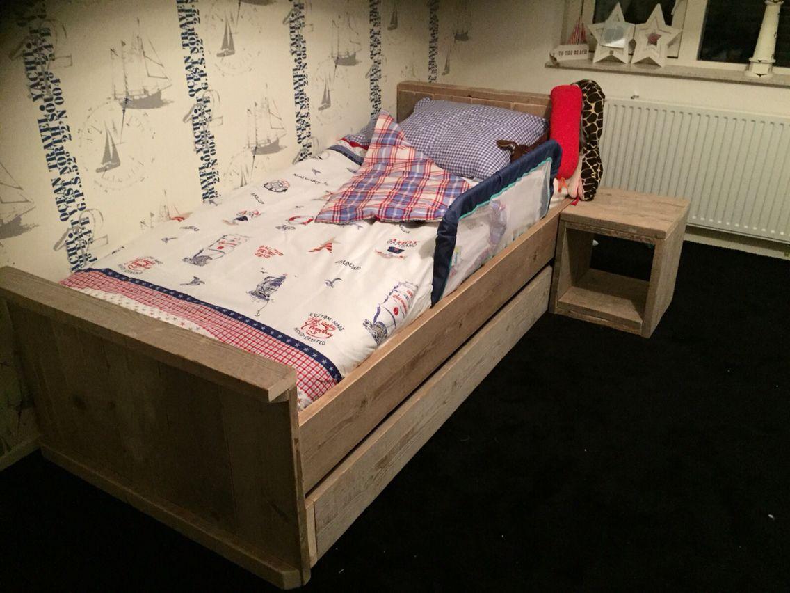 Verwonderend 1 pers bed, met matras lade eronder voor loge, incl nachtkastje MQ-08