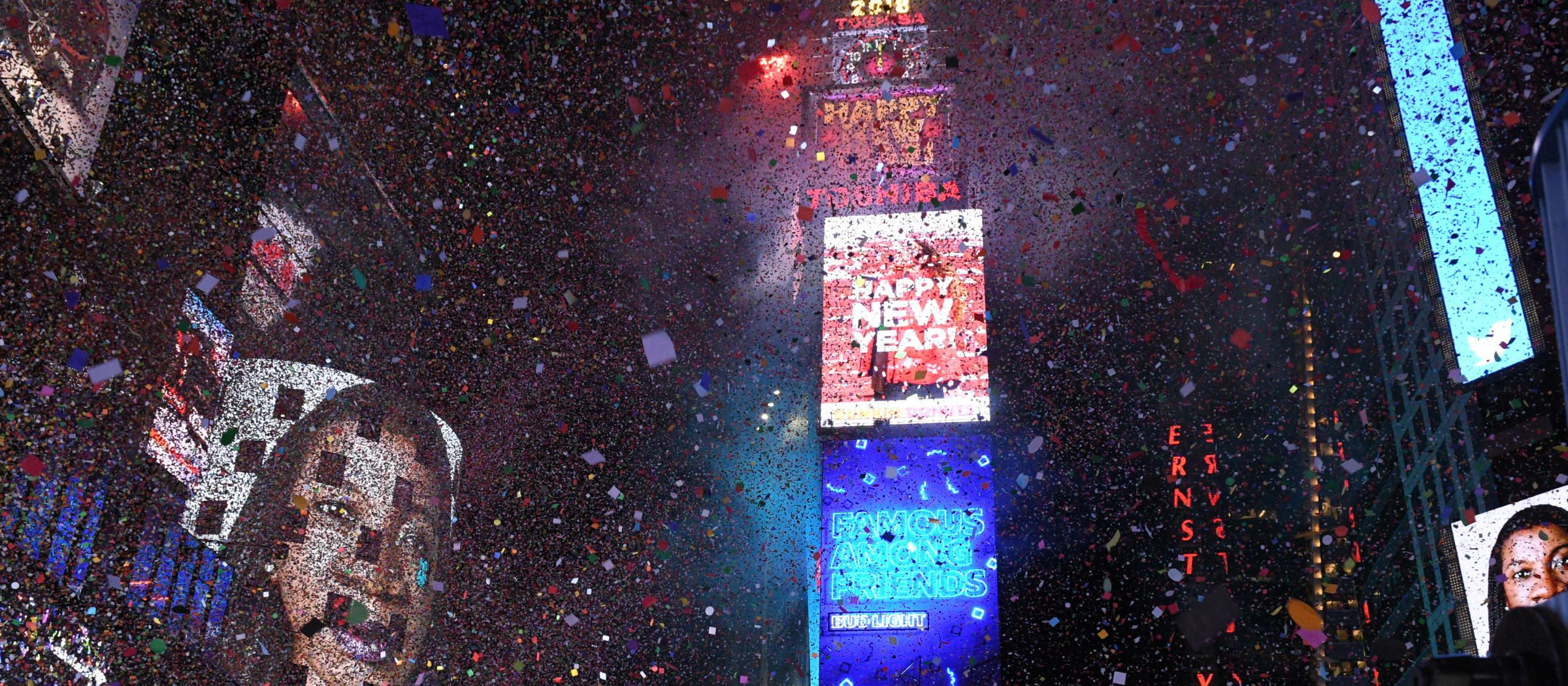 How To Watch The New Year S Eve Ball Drop On Tv And Online Tv Guide New Years Eve Ball Ball Drop Tv Guide