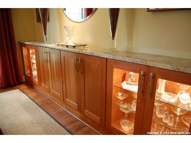 Pictures Of Built In Dinning Buffets