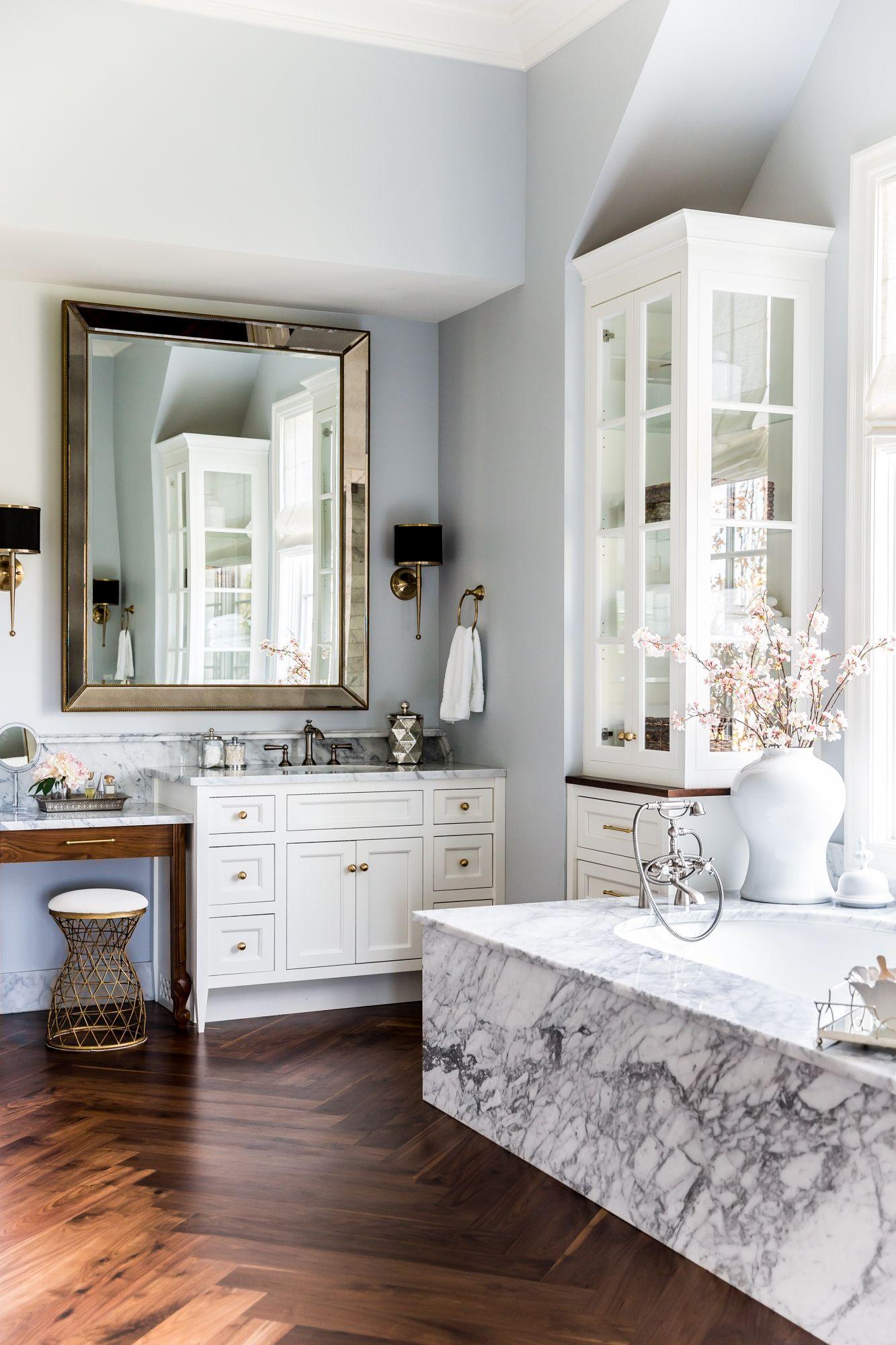 LIV SHOWROOM + DESIGN Photos by Lindsay Salazar | Bathroom Design ...