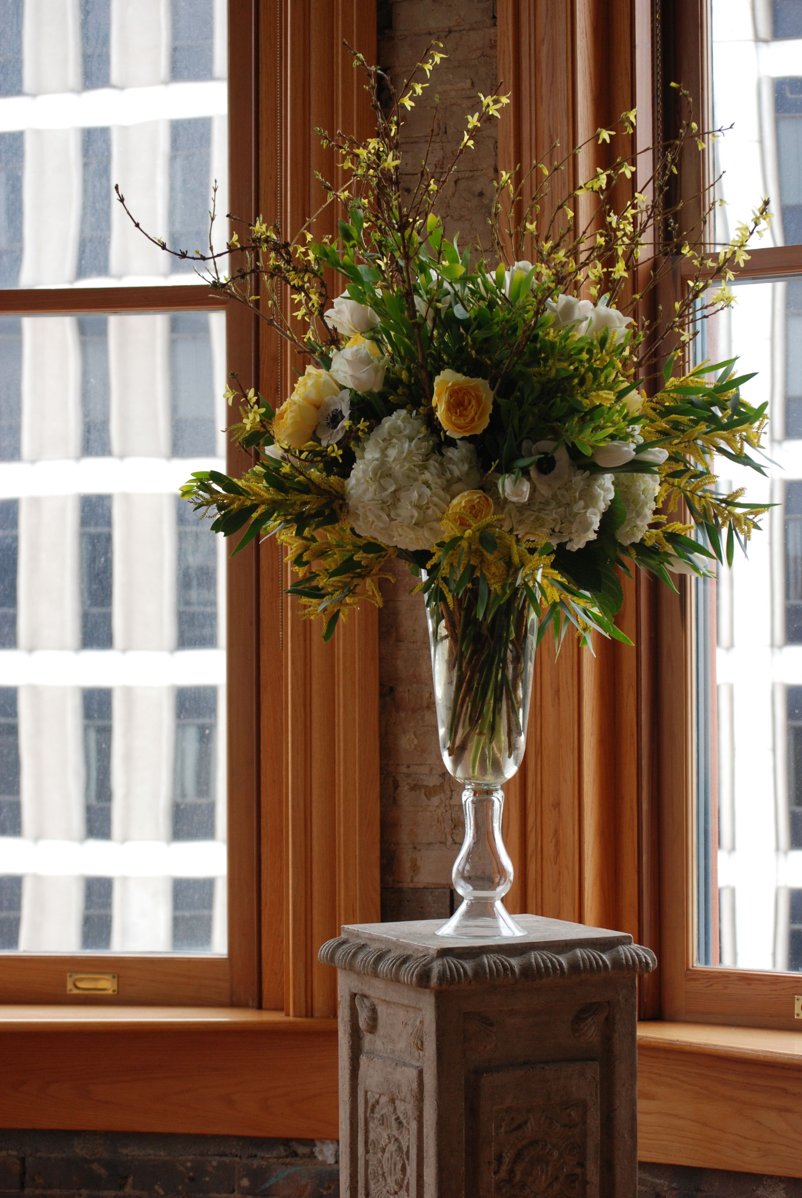 Yellow And White Wedding Flowers Yellow Altar Piece Pedestal Altar