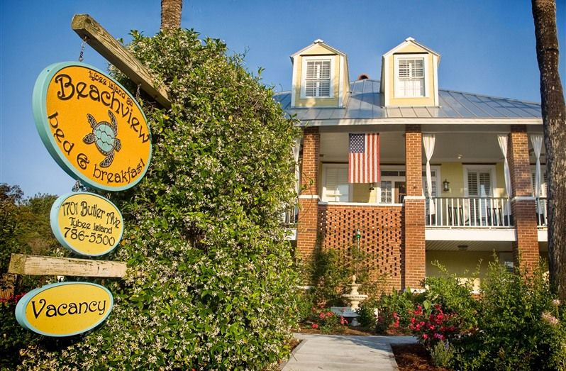 Beach View Bed and Breakfast in Tybee Island, B