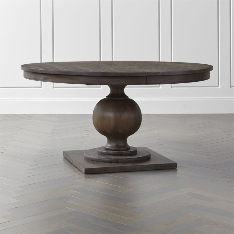Superbe Shop Winnetka Light Mahogany Round Extendable Dining Tables. Winnetka  Elevates The Dining Room With Its Classic, Elegant Presence.