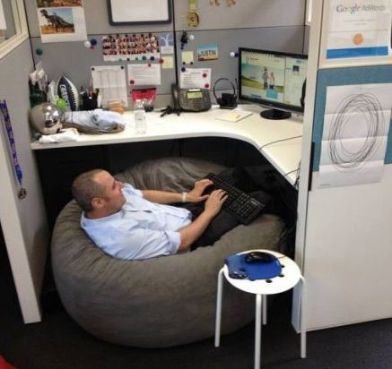How To Make Your Office Ergonomic Put A Bean Bag Chair In Cubicle Best Hilarious Jokes Funny Pictures Humor Fail