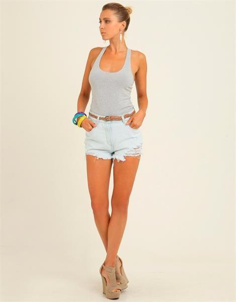 Последние тенденции в мире моды шорты   Брендовая одежда   Pinterest 3369dbd3392