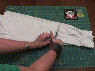 DIY Girl Pirate Costume HOW-TO #diypiratecostumeforkids