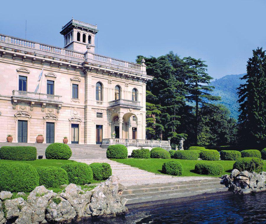 Italian villas to rent at http://www.divineamalfivillas.com/ Hotels & Resorts, Timeless Splendor Nightfox's Villa in Ocean's Twelve: Huge And Antique Italian Villa Design