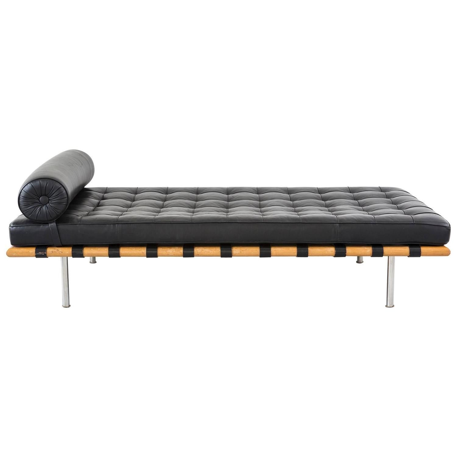Barcelona Daybed Mid Century Modern Barcelona Daybed Couch By Mies Van Der Rohe For