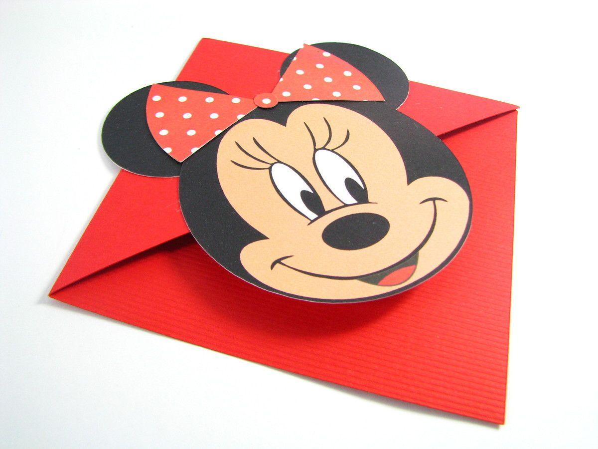 Esse lindo marcador de página da Minnie pode ser usado como convite, lembrancinha de festa ou como um criativo presente. <br> <br>Feito em papel especial de 180g. <br> <br> <br>Tamanho 9cm x 9cm