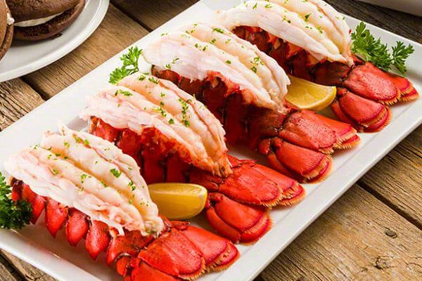 Cook Perfect Lobster Tails At Home - Boil, Broil, Bake ...