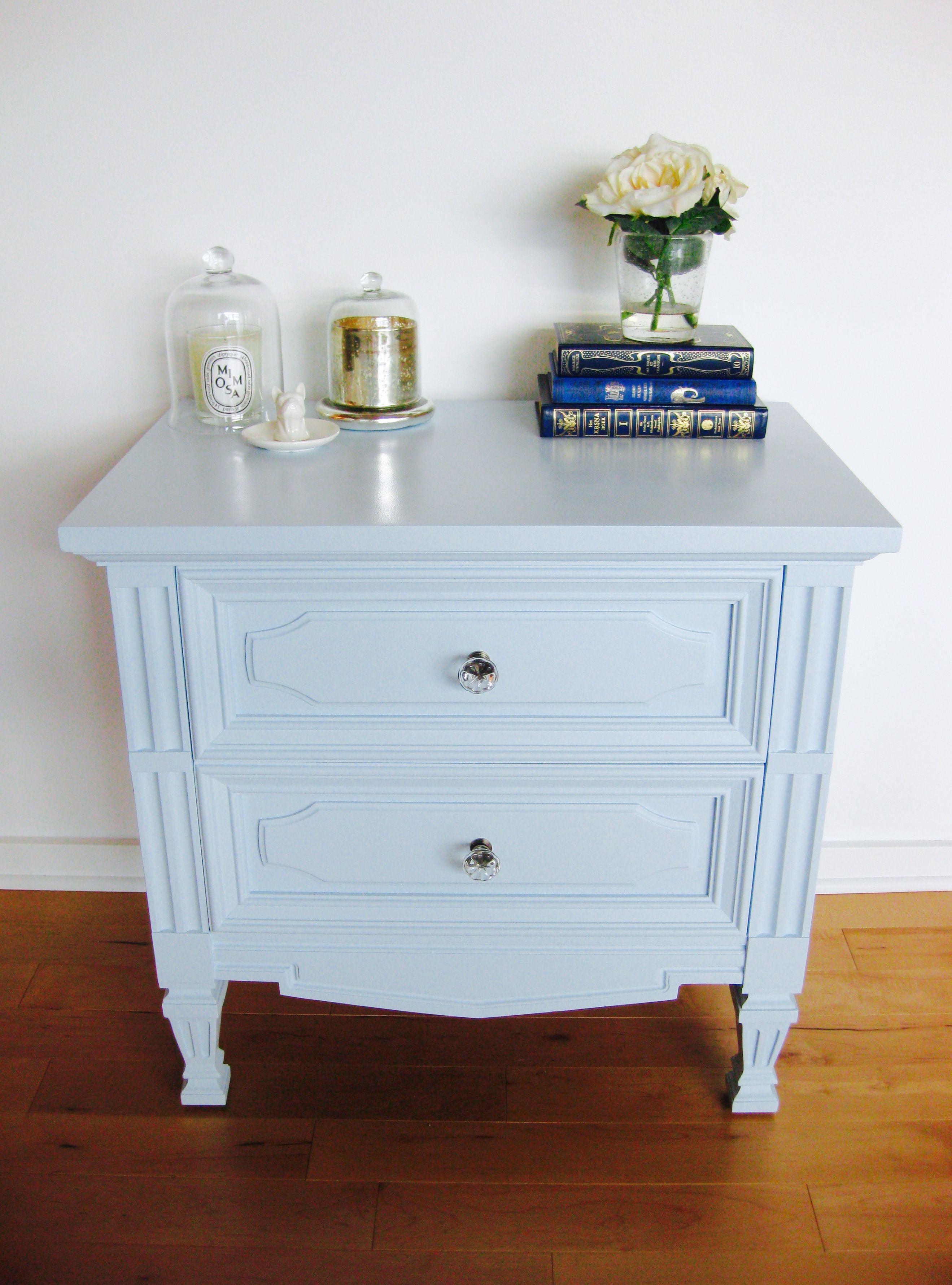 table de chevet bleu p le retap e light blue refurbished. Black Bedroom Furniture Sets. Home Design Ideas
