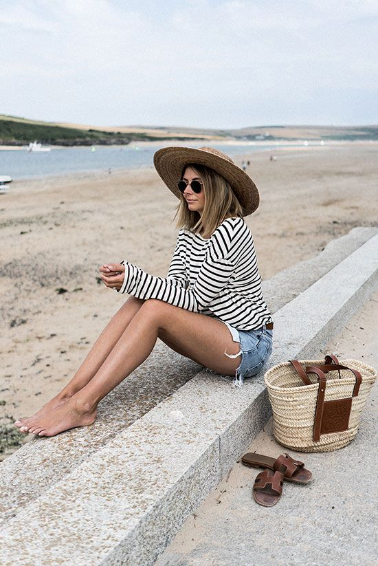30 Stunning Summer Vacation Outfits #summervacationstyle