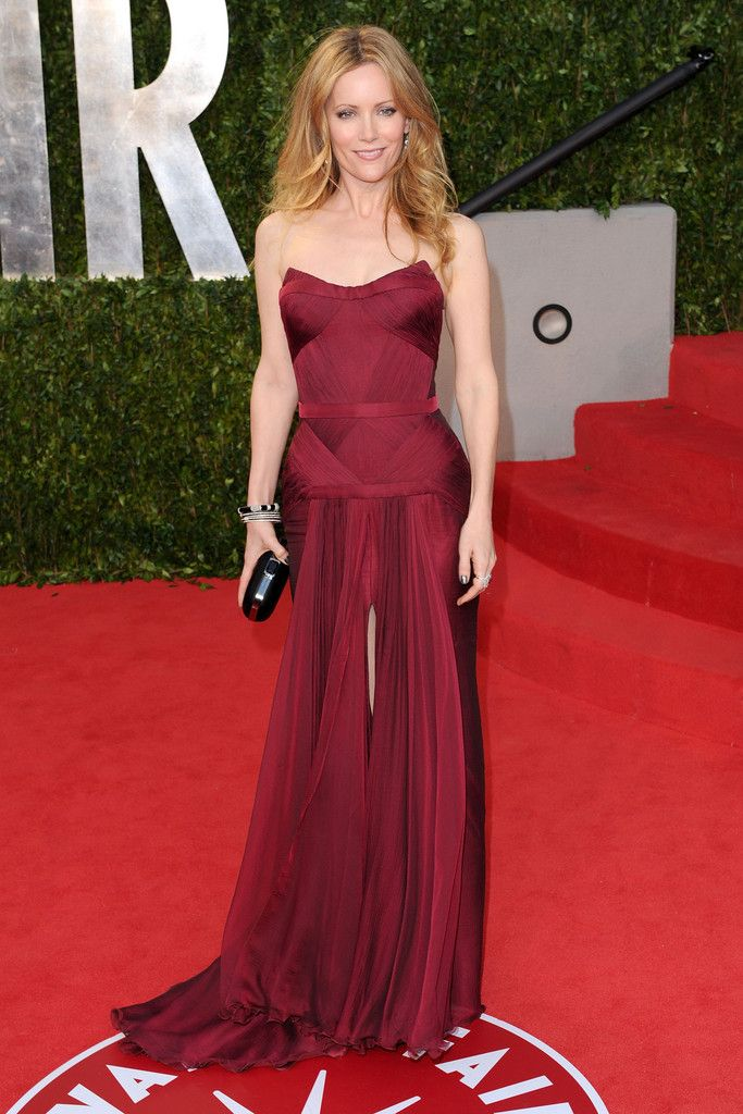 Leslie Mann Versace dress