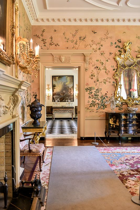 Beautiful interiors, Atlanta Swan house, glimpses of the ...