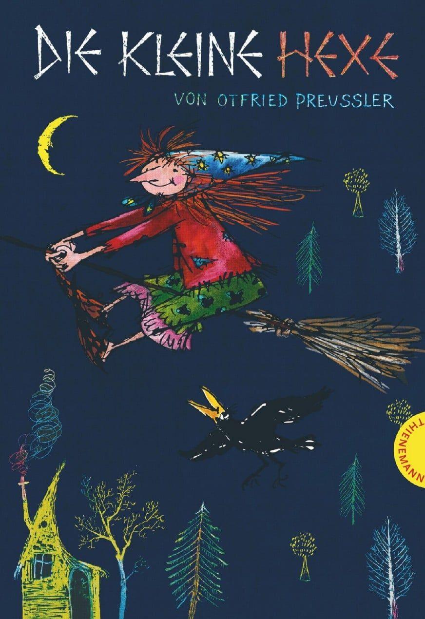 """(Werbung, unbezahlt) – Die Nacht der Hexen. Sie treffen sich zum Tanz auf dem Blocksberg. Nur """"Die kleine Hexe"""" nicht. Mit gerade einmal 127 Jahren ist sie zu jung dafür. Doch das ist ihr egal. Sie will mitfeiern und wird erwischt. Zur Strafe muss die kleine Hexe innerhalb eines Jahres zeigen, dass sie eine gute Hexe ist. Doch was macht eine wirklich gute Hexe aus? #Kinderbuch #Buch #Halloween"""