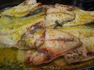 cocinar entre libros: Dorada al horno con salsa verde