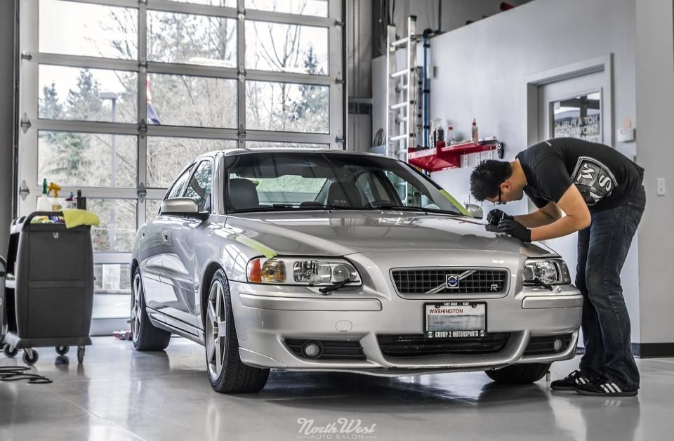 We Re Keeping The Afternoon Rolling With This Volvo S60 R That Dropped In For A Little Buffing A Bit Of Touch Up Volvo S60 Volvo 60 Volvo