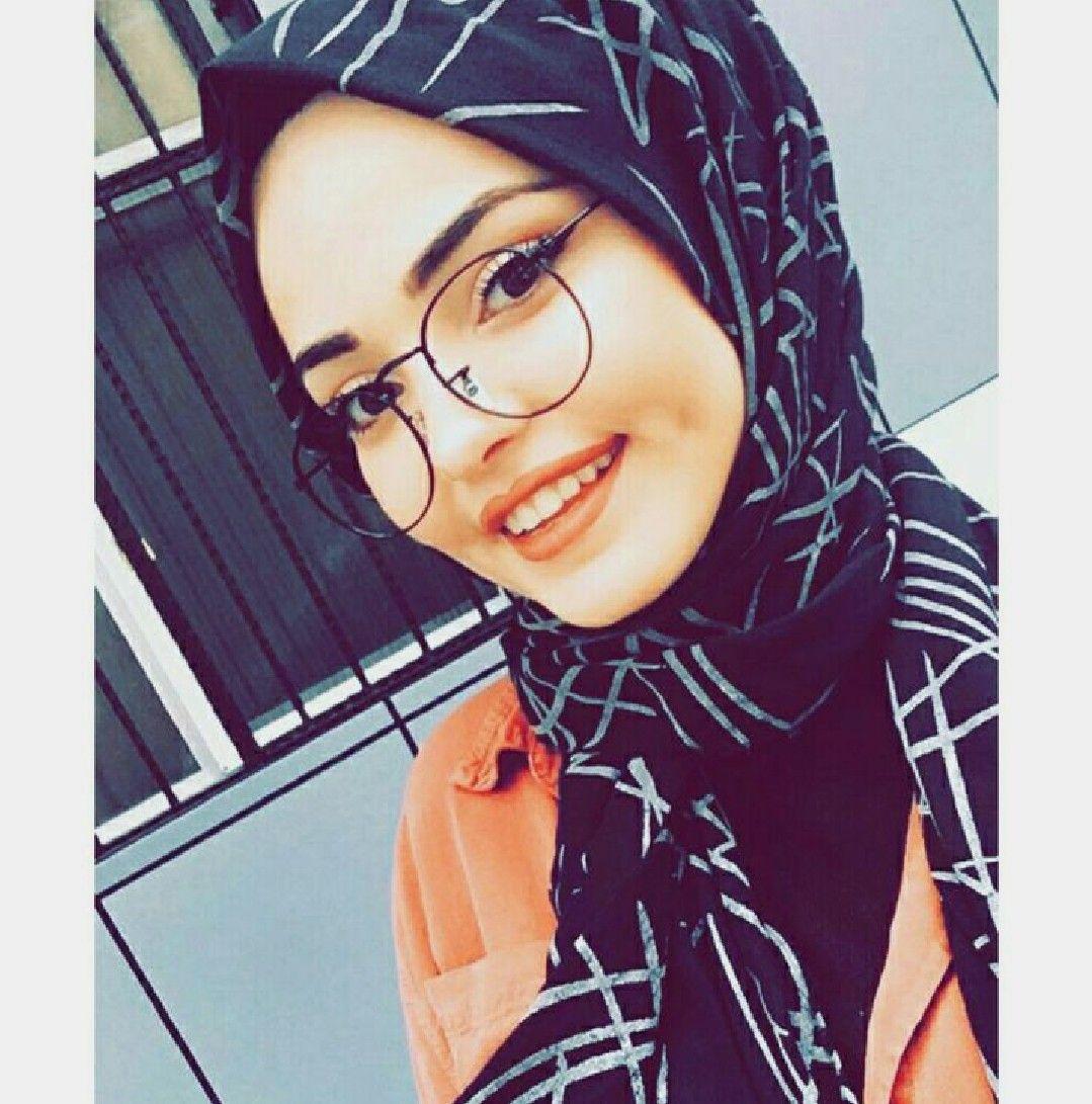 Rawaby Adli Kullanicinin Hijabers Panosundaki Pin Basortusu Modasi Kizlar Sac
