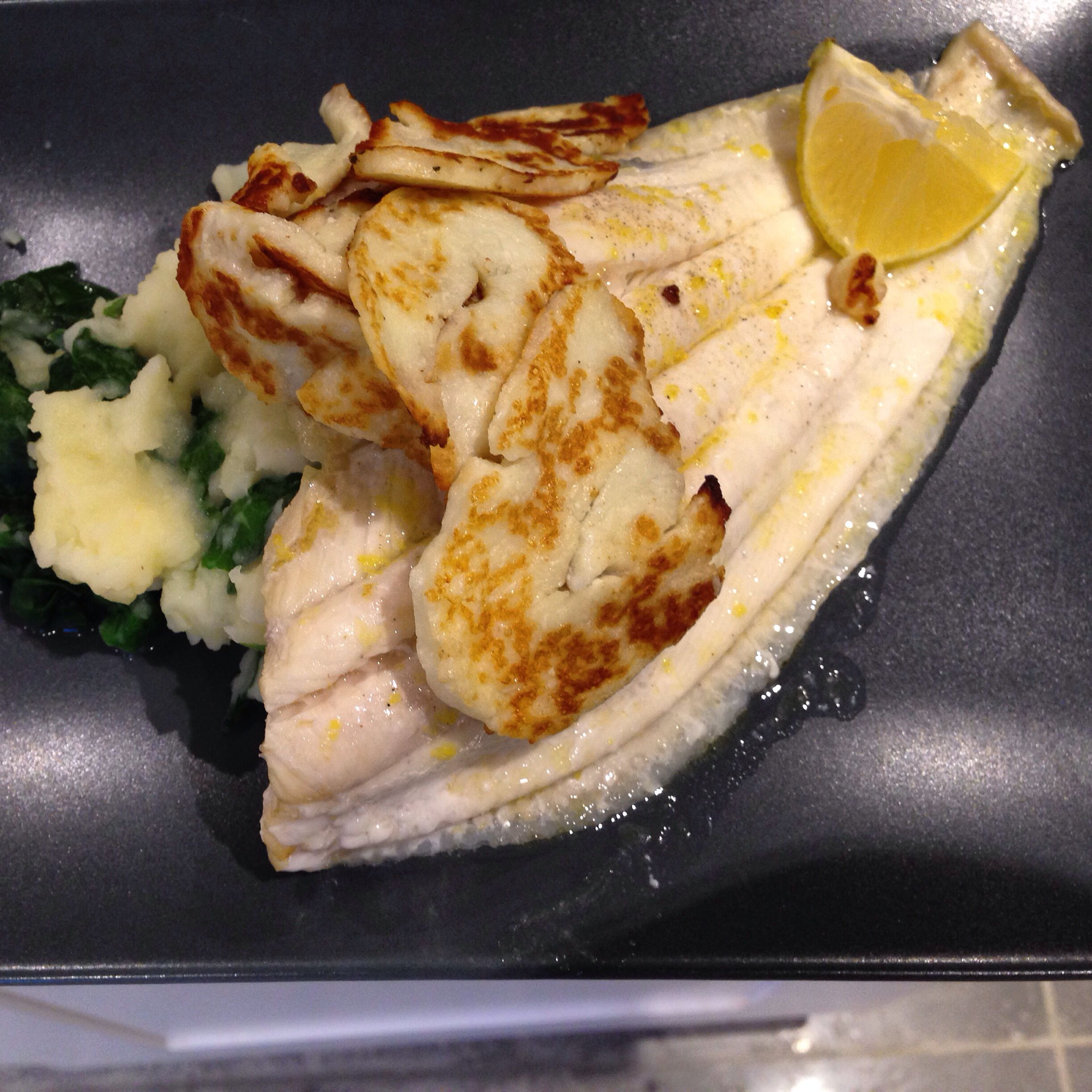 Plaice with halumi and spinach mash