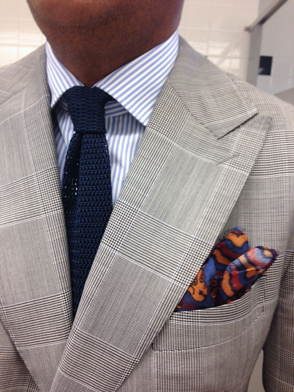 Light grey glen plaid suit white shirt with light blue for Navy suit checkered shirt