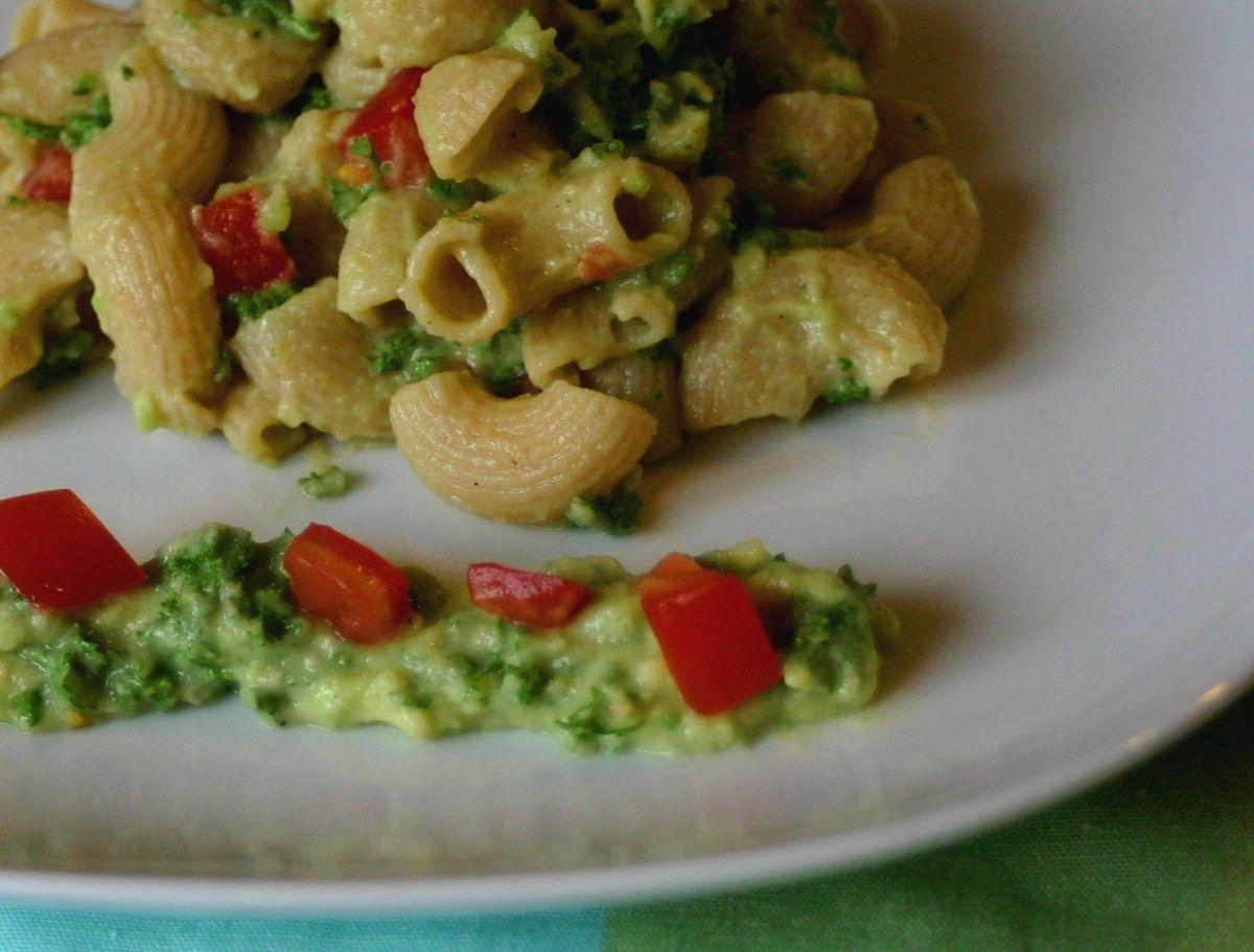 Wer Pasta liebt, dem kann Pesto nicht ganz unlieb sein. Und so ist es nicht ganz überraschend, dass auch Herr und Frau Lieblingsmahl Pesto mit großer Leidenschaft verspeisen. Jedenfalls so lange, b...