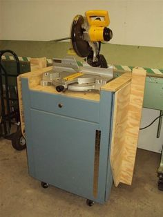 Miter Saw Stand With Folding Wings Mitre Saw Stand Miter Saw Diy Table Saw