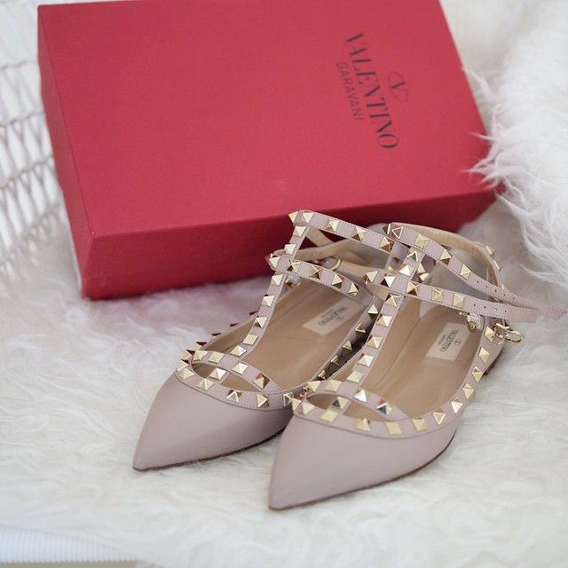c142ea23943 Maison Valentino shoes flats rockstud rockstuds nude poudre blush ...