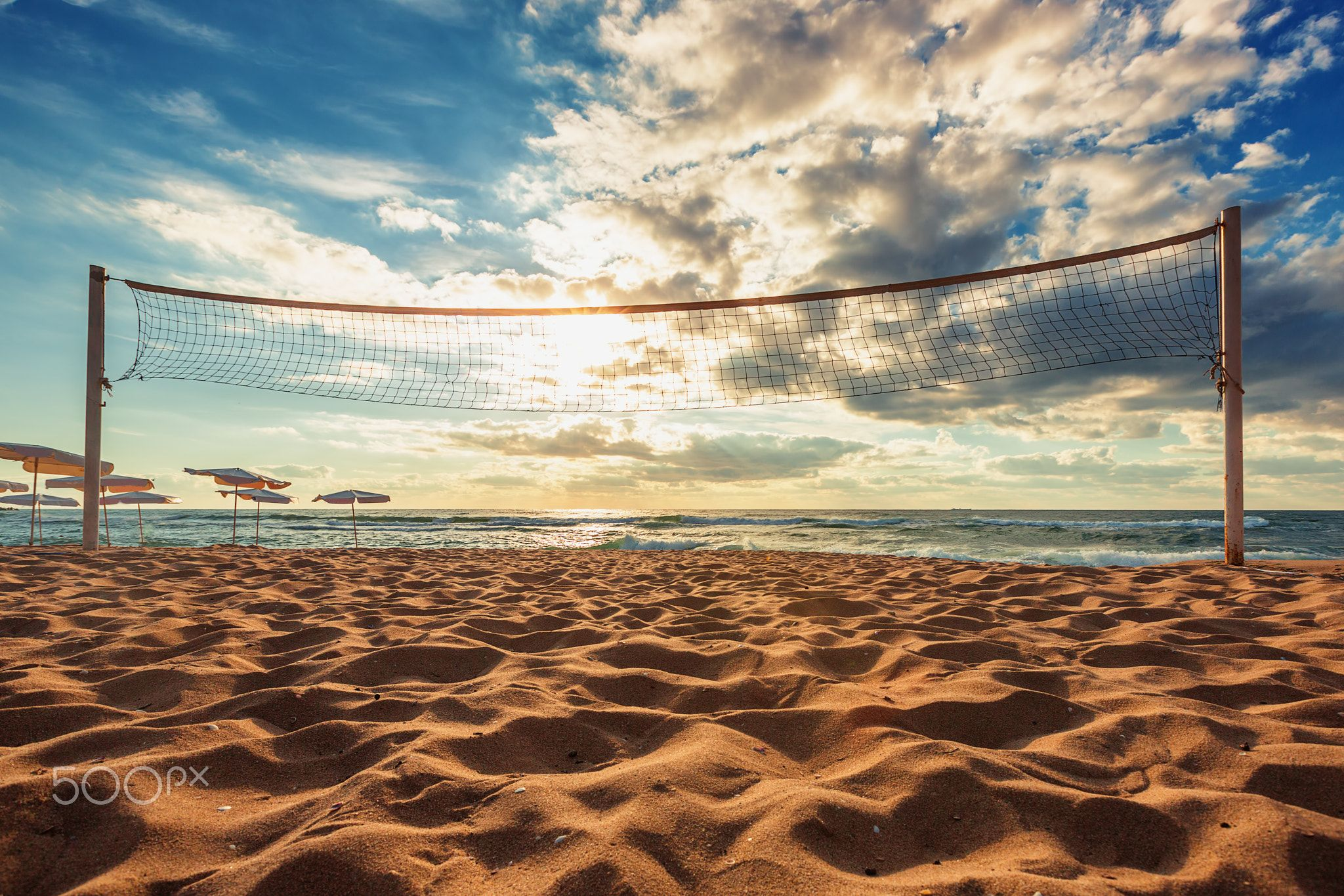 Volleyball Net And Sunrise On The Beach Volleyball Net And Sunrise On The Beach Beach Volleyball Net Volleyball Volleyball Net