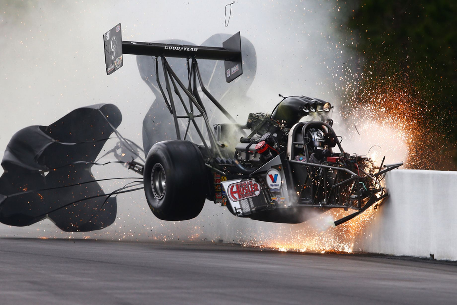 Drag racer hits wall at 280mph and walks away in 2020