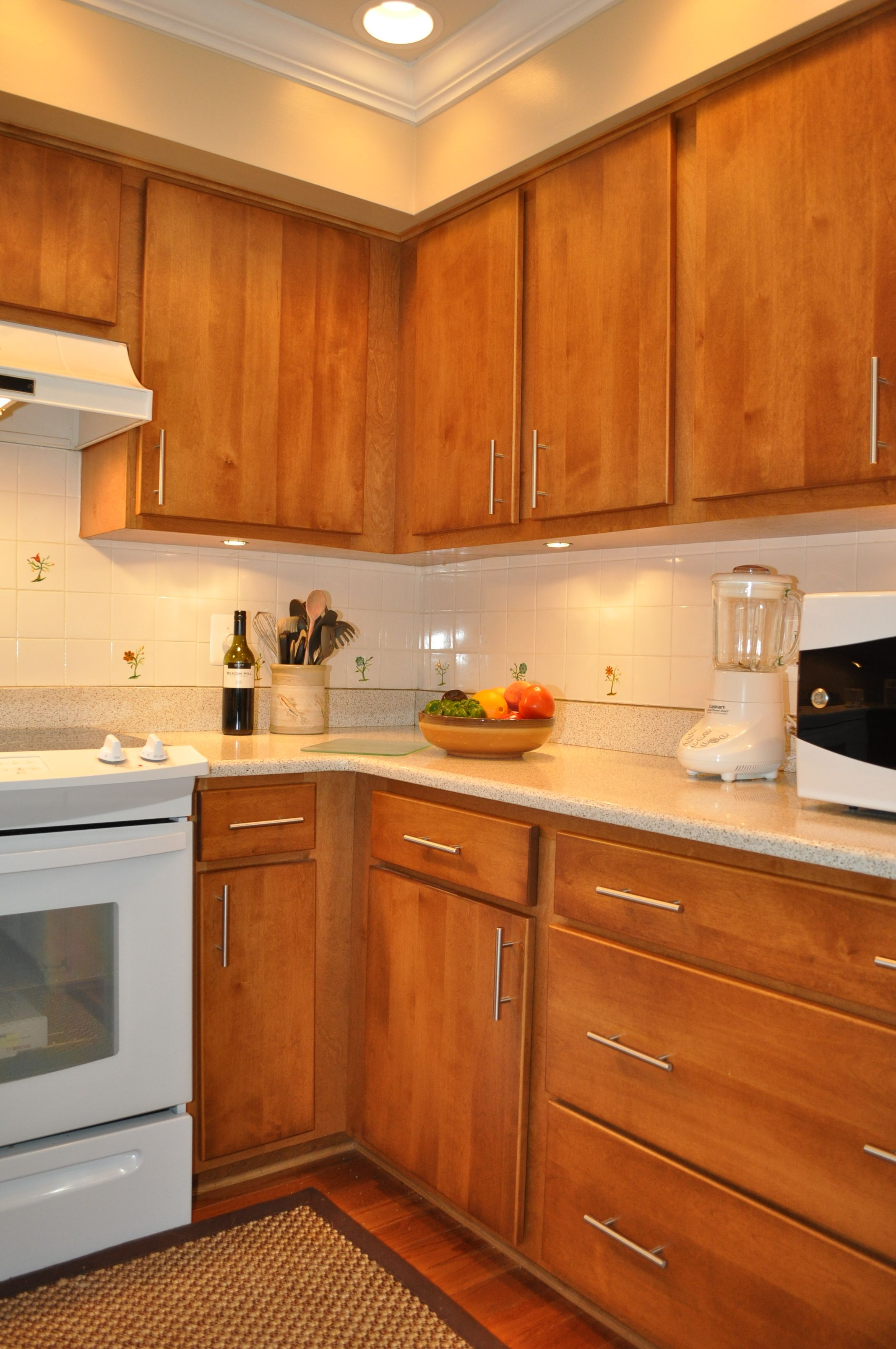 Interior Kitchen Cabinets Washington Dc the bar handles on these cabinets make for easy access to utensils repin if kitchen refacingkitchen cabinetswashington dc