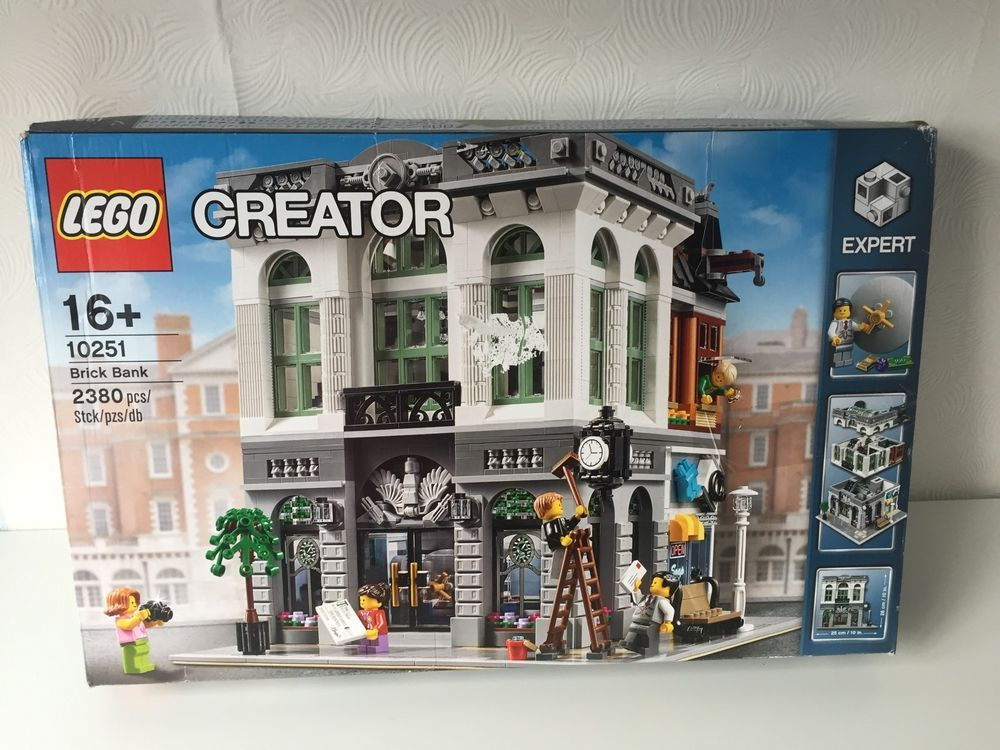 Lego Creator Expert Box Set 10251 Brick Bank 2380 Pieces