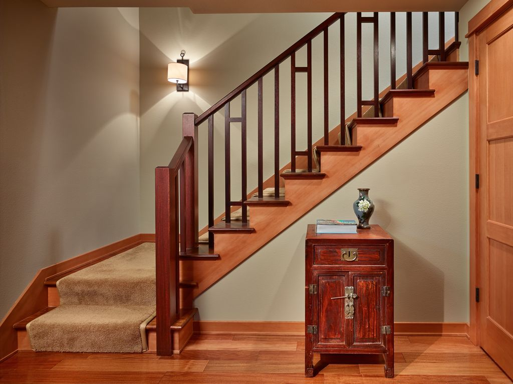 Captivating View This Great Craftsman Staircase With High Ceiling U0026 Laminate Floors By  Broderick Architects. Discover U0026 Browse Thousands Of Other Home Design  Ideas On ...
