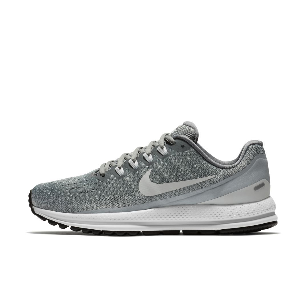 competitive price 7f1e2 d2c67 Nike Air Zoom Vomero 13 Womens Running Shoe Size 10.5 (Cool Grey)