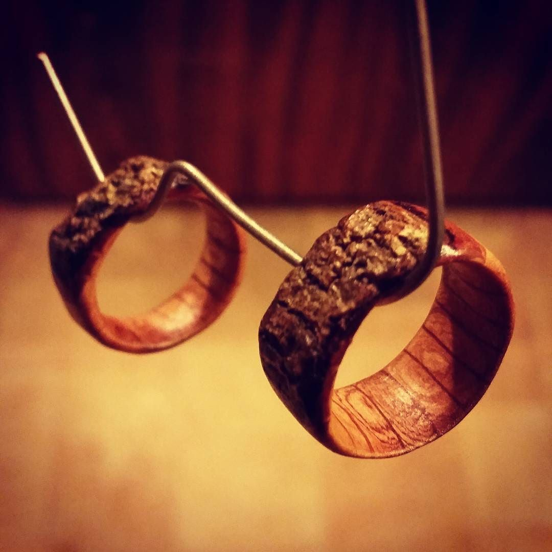 Usually all I use to bring out the natural beauty of timber is olive oil & organic beeswax but these little babies needed a good lacquer to keep them safe  off to cure say goodnight! #natural #organic #vegan #wood #wildwoodrings #raw #wild #earthspirit #mothernature #love #oak #dowoodworking #woodring #handmade #madeinaustralia #beauty #instagood #sexy #oceangrove #bellarinepeninsula #greatoceanroad #madeinaustralia #goodnight by dreamweaver_dreadlocks http://ift.tt/1JO3Y6G