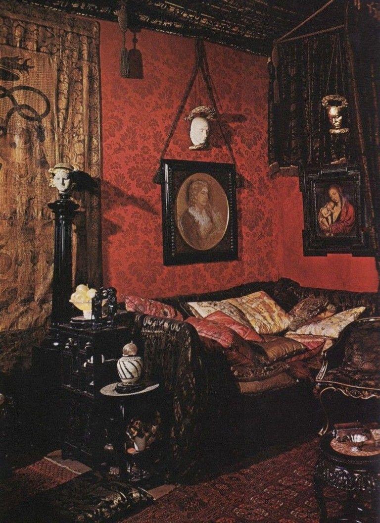 Photo of 48 Completely Inspiring Luxury Gothic Decoration Ideas