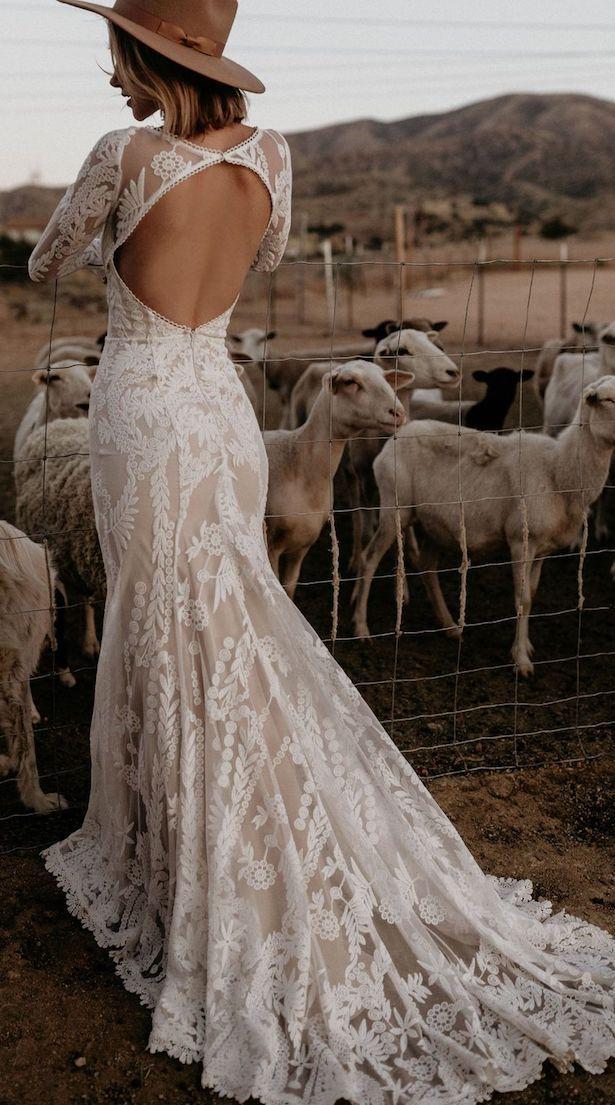 20 Vintage Wedding Dresses With Bohemian Flair Belle The Magazine Bohemian Wedding Dress Lace Long Sleeve Bohemian Wedding Dress Wedding Dress Trends
