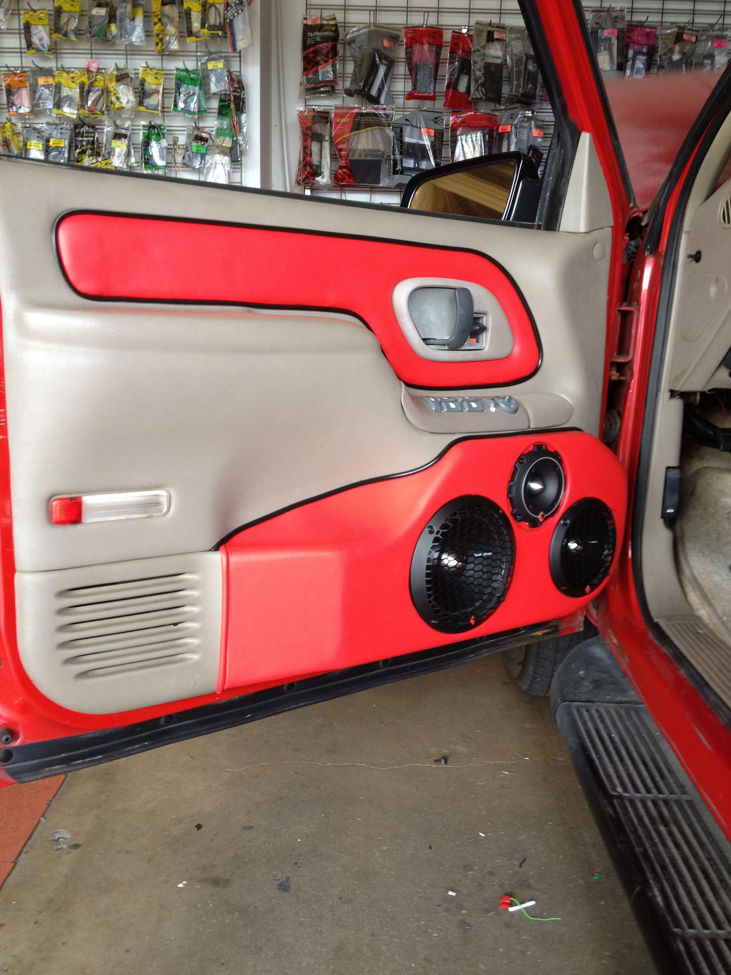 Wow I Absolutely Enjoy This Colour For This Car 2010fordf159 Custom Chevy Trucks Custom Car Interior Custom Silverado
