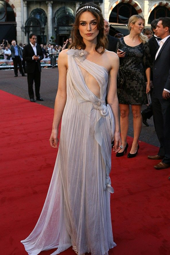 Keira Knightley in cool grey Rodarte at Atonement premiere. Hello, Summer Moon. Do you see the Moon element? beaming moon!