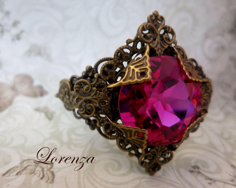 Victorian cameo filigree bracelet swarovski rivoli 27 mm by lorenza33 on Etsy https://www.etsy.com/listing/161250979/victorian-cameo-filigree-bracelet