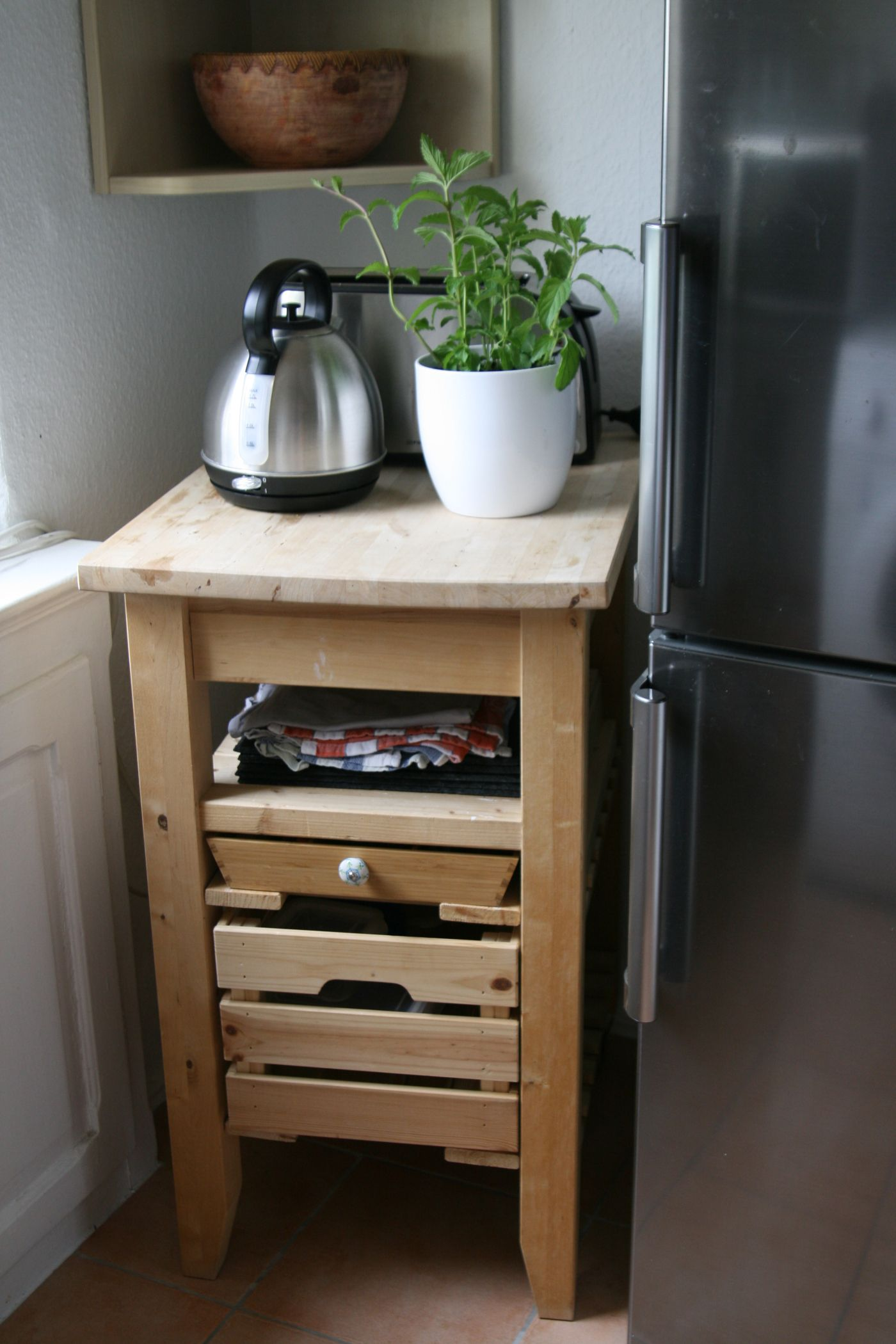 küchenschrank hacks   ikea kucheninsel minikuche kuchenplaner