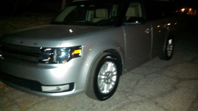 Our 2014 Ford Flex Awd Sel White Roof With Four Windows Overhead