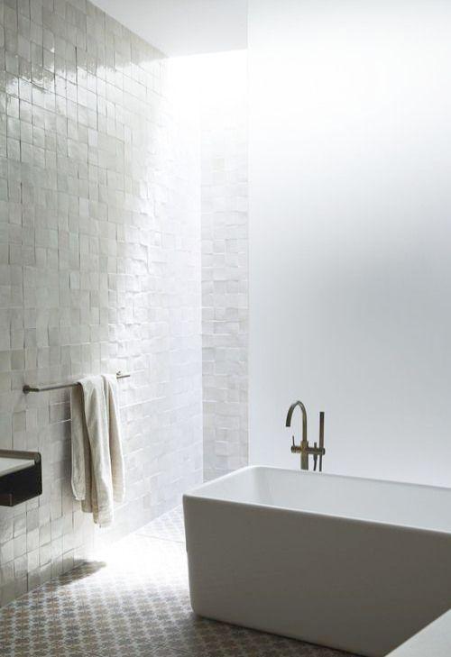 Eforcurtain Unique Design Elegant Fabric Shower Curtain Charcoal Water Repellent Mold Resistant Modern Fashion Bathroom Curtain With Free White Plastic Hooks S Bathroom Design Inspiration Luxury Bathroom Luxury Bathtub