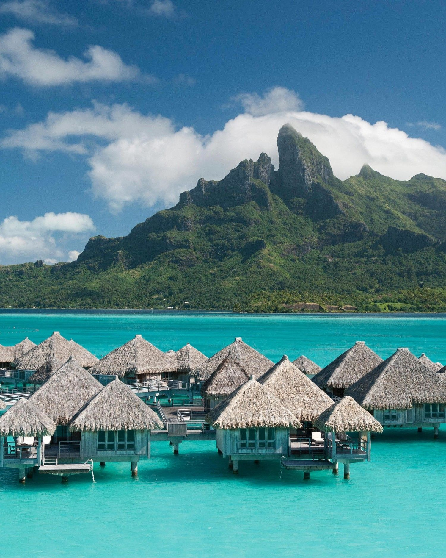 22 Honeymoon Photos That Will Give You Serious Wanderlust Vacanze Da Sogno Luoghi Di Vacanza Bora Bora