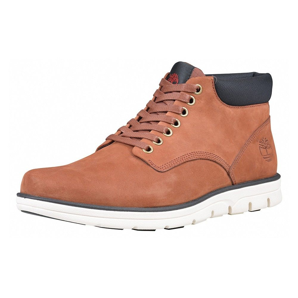 purchase cheap 7207d 7e097 Timberland A13EE Chukka Leather Boot M/M braun | Trendige ...