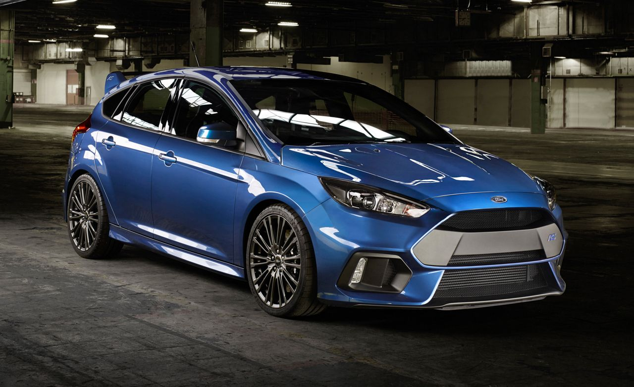 The 2016 ford focus rs was officially unveiled in germany and will feature an uprated version