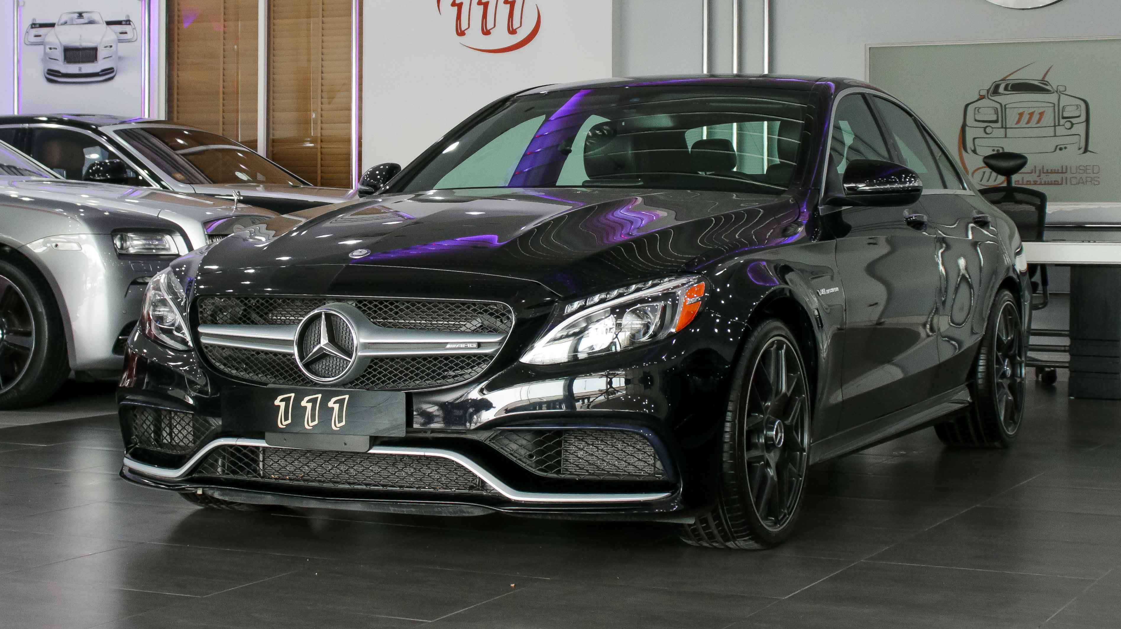 Model Mercedes Benz C63 Amg S Year 2017 Km 32 000 Price